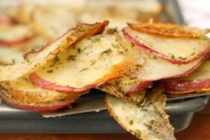 Aromatizovani pečeni krompir