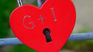 Prva ljubav – šta to beše? #HONYpriče
