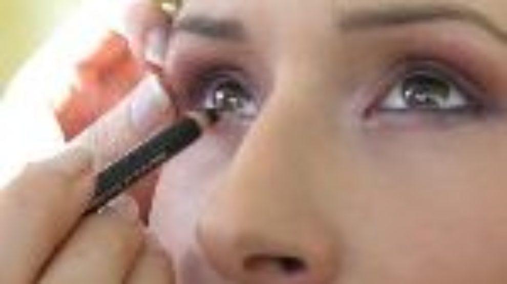 Trikovi i saveti poznatih o šminkanju