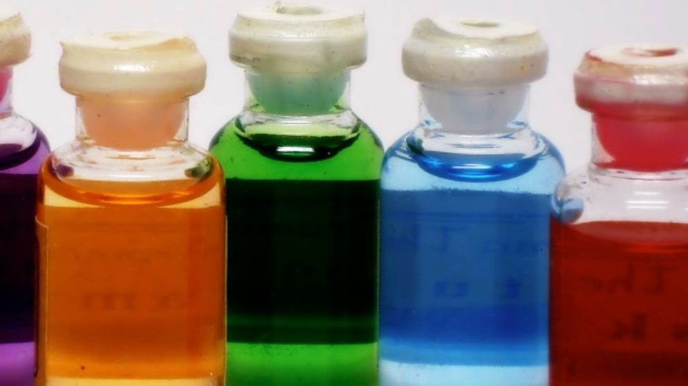 Šta je terapija bojama?