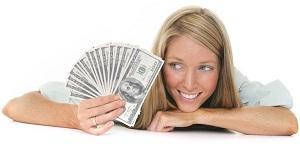 devojka sa novcem