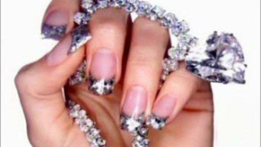 Nega noktiju