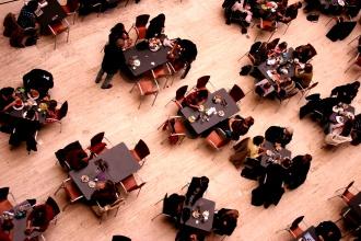 Kultura ponašanja za stolom
