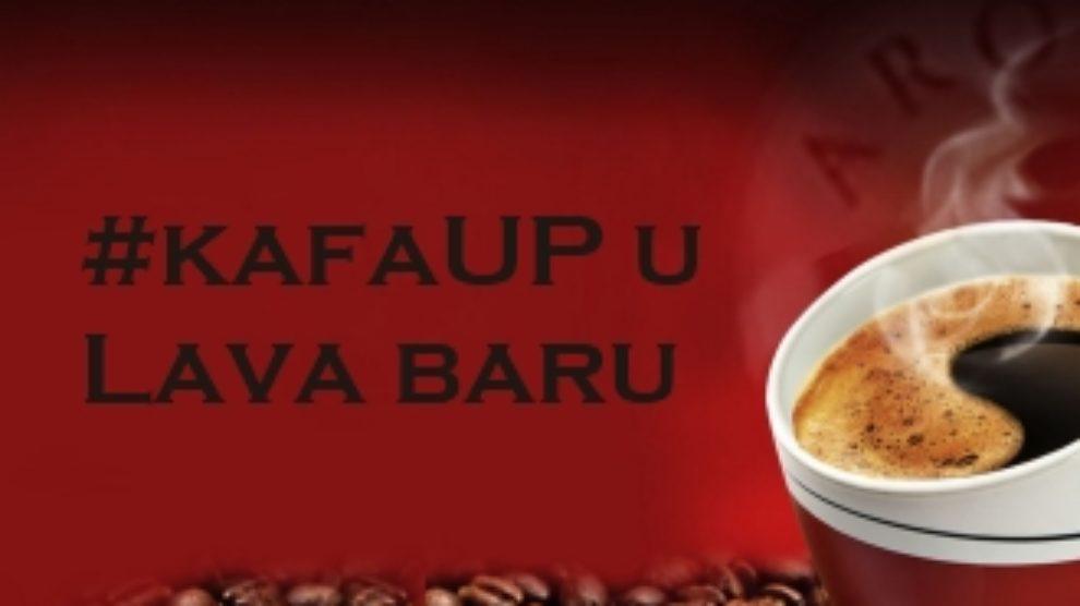 Lep provod sa ljubiteljima kafe