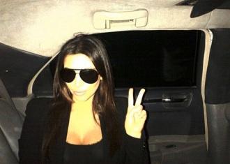 kim kardashian uplivava u politicke vode?