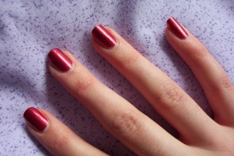 prolecni trendovi: boje lakova za nokte
