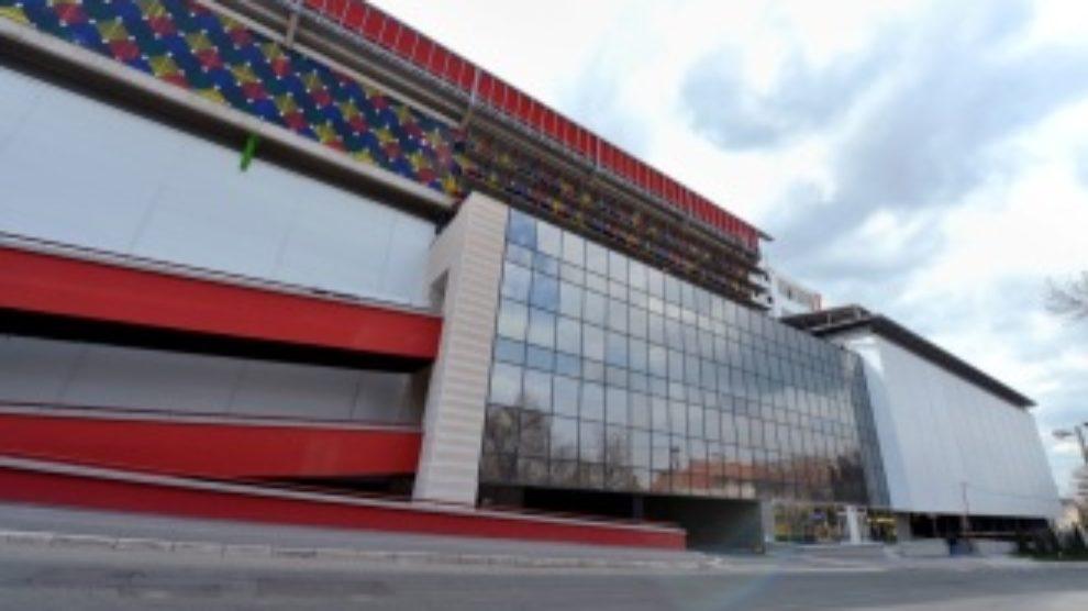 Otvaranje shopping centra Stadion 25. aprila
