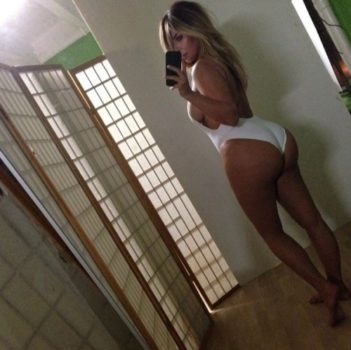 kim_kardashian_ponosna_na_svoje_telo_v