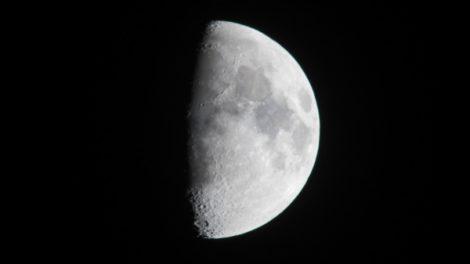 Pomračenje Meseca u znaku Ovna