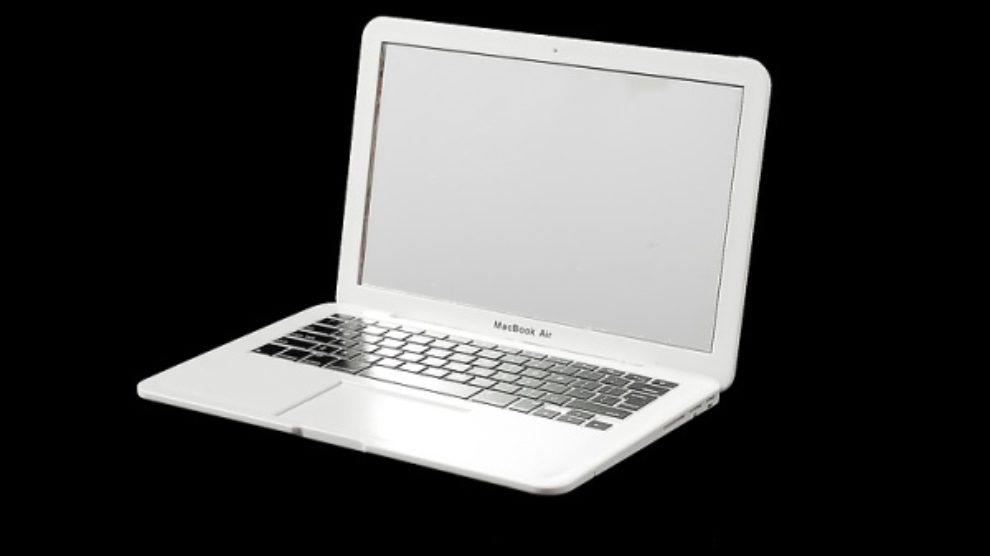 MacBook Air ogledalo