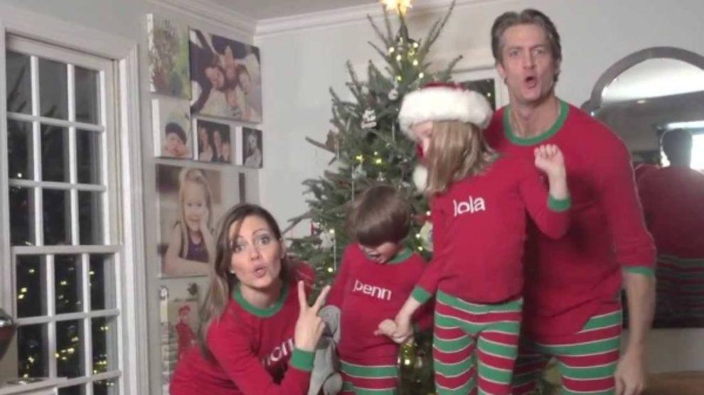 Reklama za biznis: porodična video čestitka