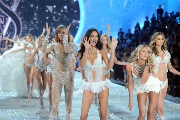 Victoria's Secret spektakl 2013!