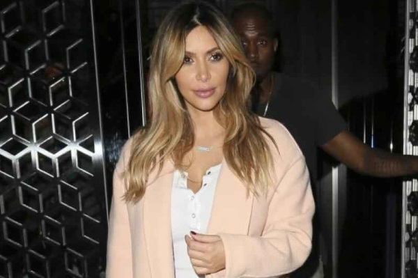 Kim Kardashian ponovo brineta!