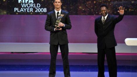 I mi fudbalere za trku imamo: Pele i Ronaldo u reklami za Emirates Airlines!