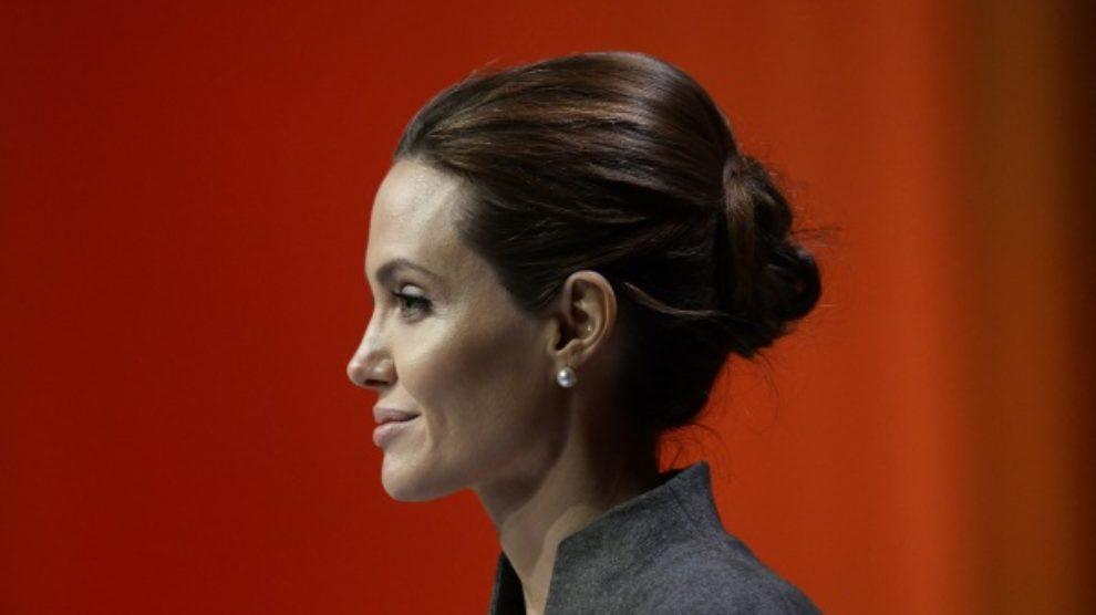 Angelina Jolie dobila titulu počasne dame!