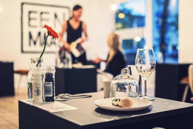 prvi_restoran_za_samce_v1