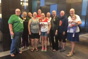 Mame se obrijale do glave u znak podrške borbi protiv raka!