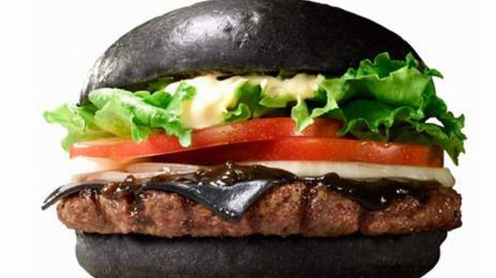 Burger King predstavio prvi crni hamburger!