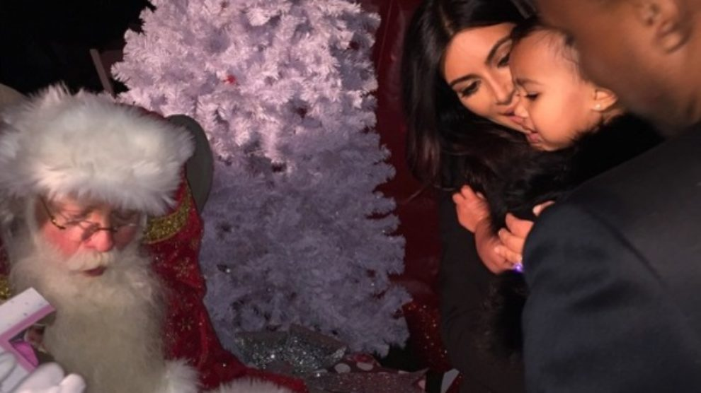 Praznične fotografije Kim Kardashian sa porodicom