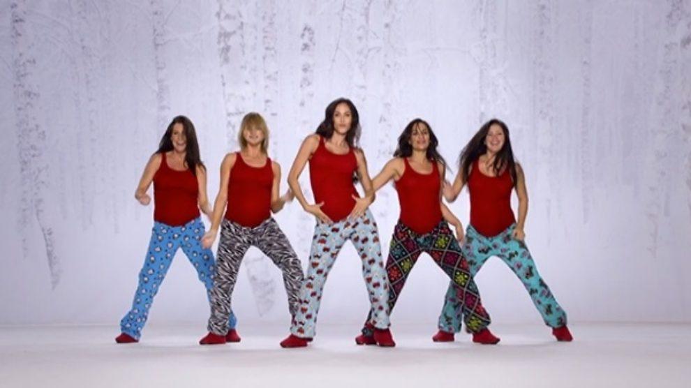 Seksi praznične pidžame! [VIDEO]
