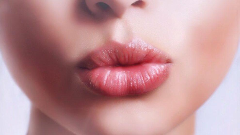 Prolazno povećanje usana – novi modni trend?