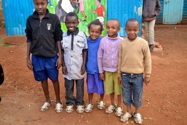 cipele_koje_rastu_sa_decom_v