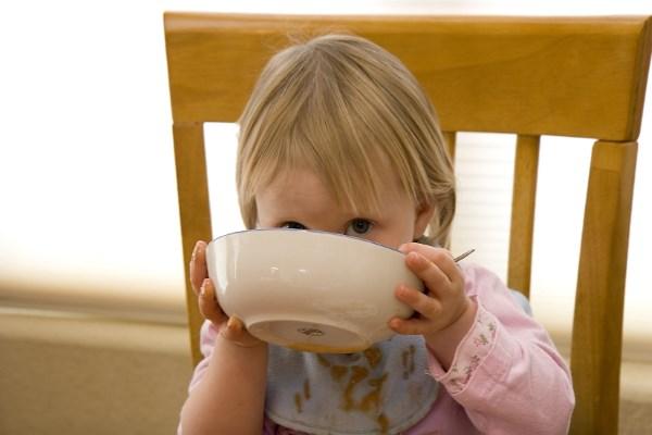Šta jedu deca u Srbiji i zašto ih nezdravo hranimo?