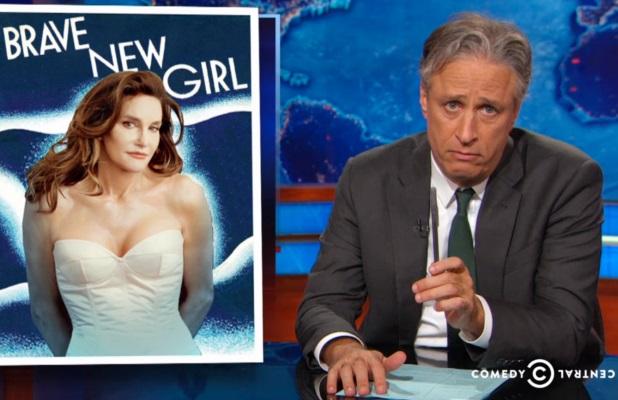 Jon Stewart izvrgao ruglu medije koji osuđuju Caitlyn Jenner!