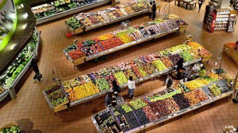 Francuska zabranila bacanje hrane!