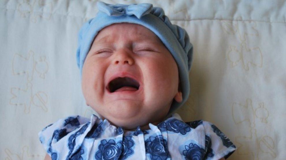 Kako umiriti uplakanu bebu?