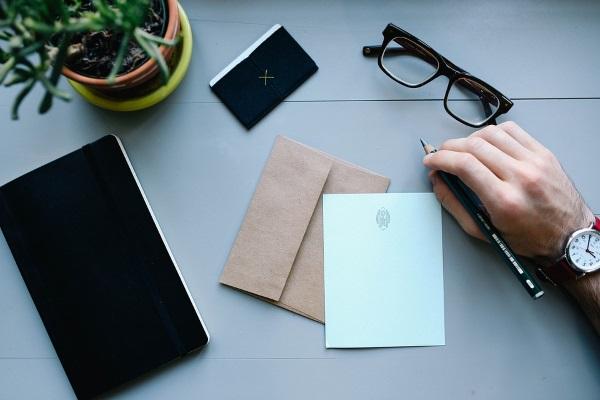 pisanje-pisama-zaboravljen-običaj-v
