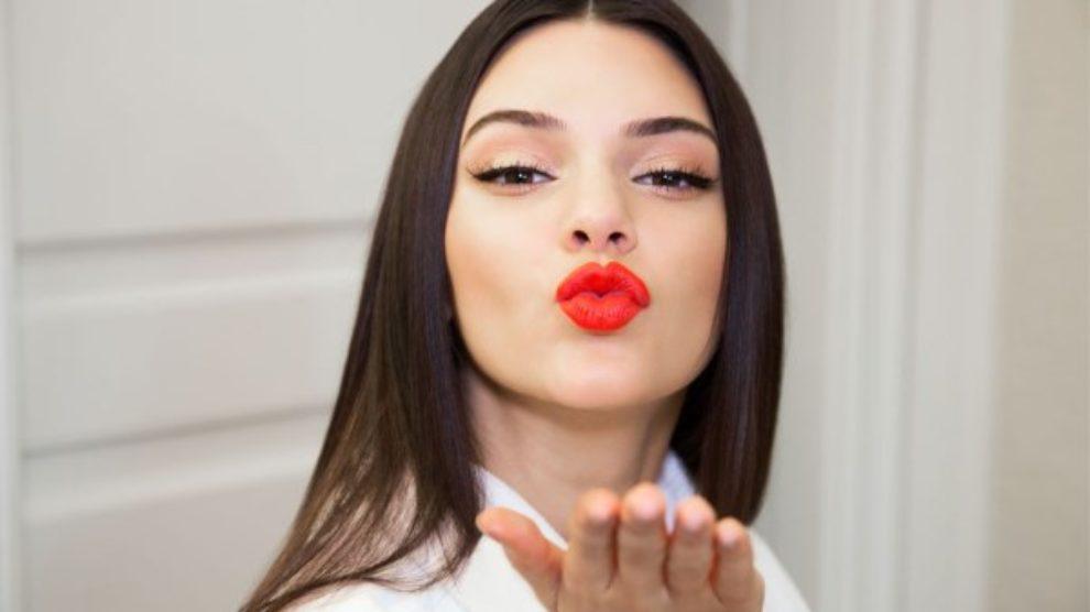 Kendall Jenner tuži kozmetičku kuću zbog lažne reklame!