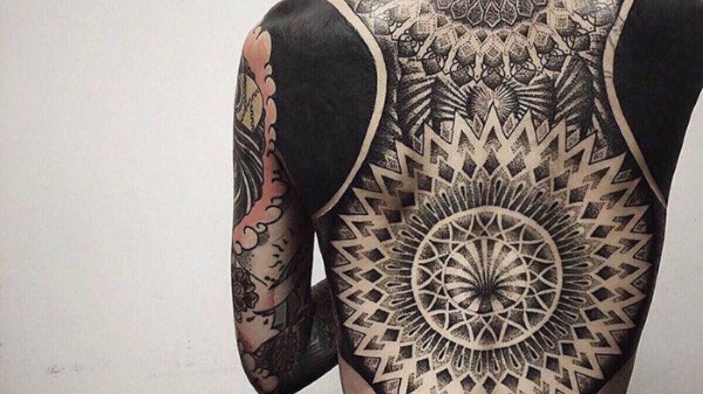 Blackout tetovaže novi trend?
