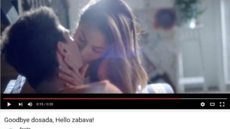 Hello sokovi promovišu maloletnički seks?