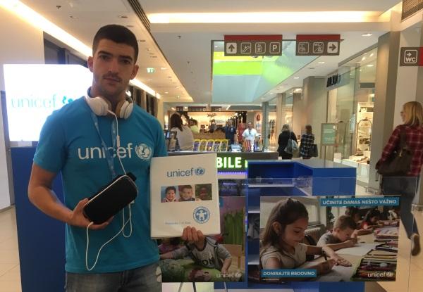 vr-i-unicef-u-kampanji-prikupljanja-donacija-za-srbiju-v2