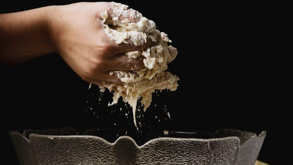 Sirovo testo za kolače nije za jelo!
