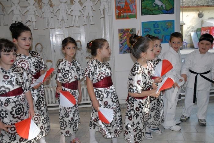 budi bijenale dečiji festival priredba