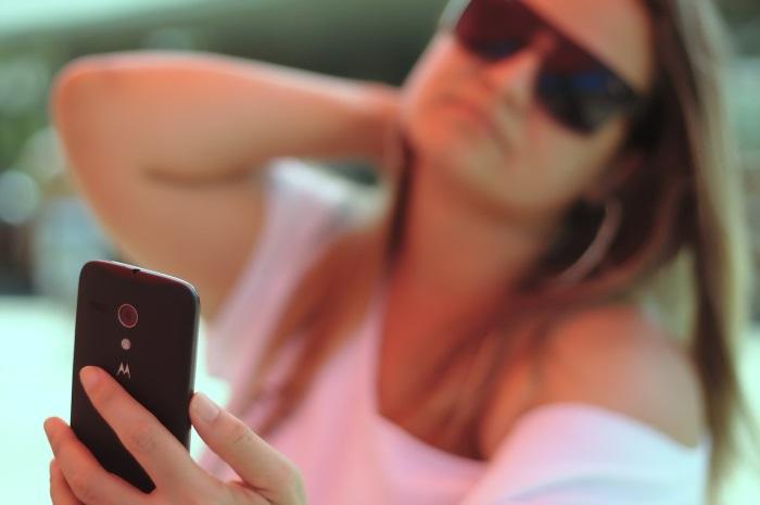 najbolje selfie aplikacije devojka koja se snima