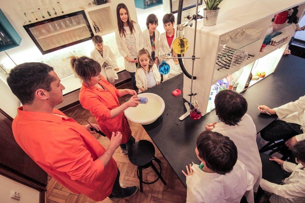 Kućni eksperimenti za klince i klinceze!