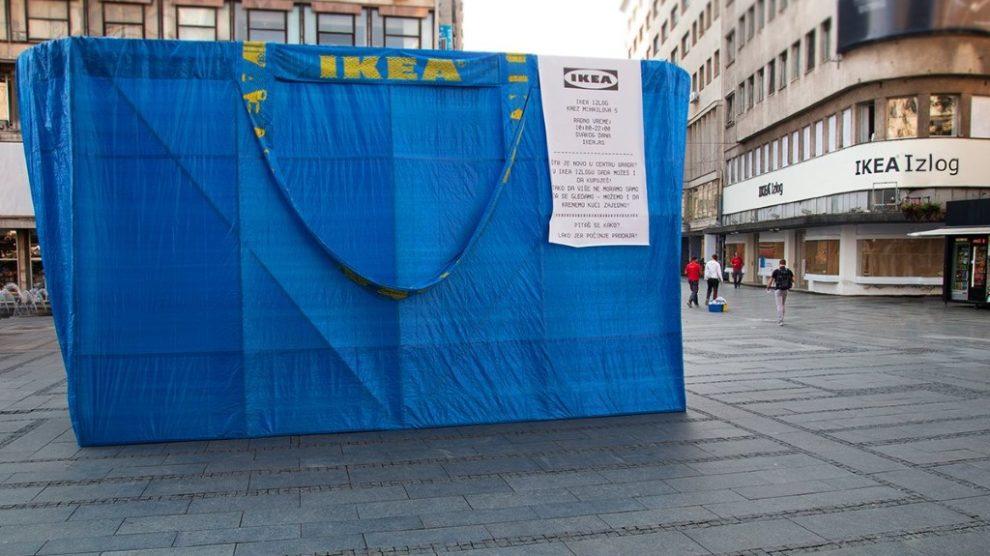 Kupovina u IKEA izlog radnji u centru grada
