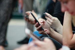 Da li su društvene mreže krivac za depresiju i anksioznost?