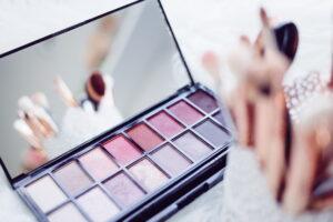 Zašto fejk šminka ne treba nikad da se nađe u vašem neseseru – ikad