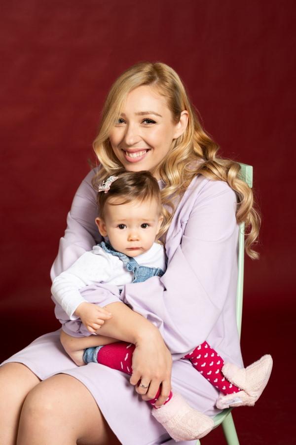 majkino katarina sa ćerkom
